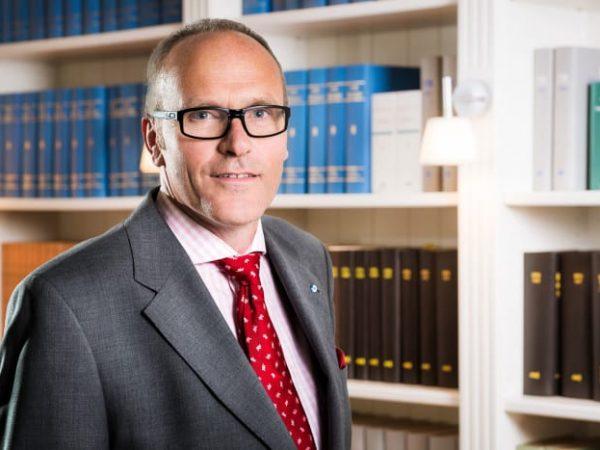 Felix-Meyer-Dr-Gemmeke-GmbH-Business-Portrait-Jerome-Courtois-Photography-700x467